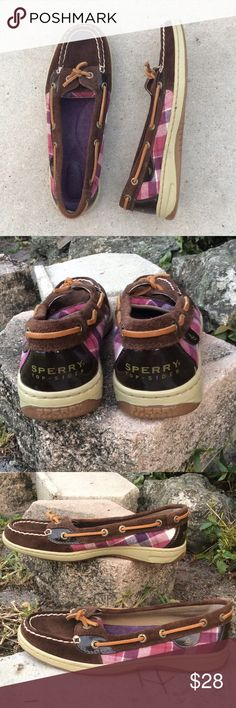Sperry Pink Purple Brown Plaid Suede Boat Shoes Sperry Angelfish is a feminine design of a classic boat show. Stain & water-resistant leather suede upper for durable and lasting wear. Genuine hand-sewn construction for durable comfort. Features unique plaid patterns on side panels. 360° lacing system with rust-proof eyelets for a secure fit. Molded EVA cushion midsole for all-day under-foot comfort. Non-marking rubber outsole with Wave-SipingTM for the ultimate wet/dry traction. Padded…