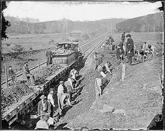Image from http://www.archives.gov/education/lessons/brady-photos/images/aquia-creek.gif.