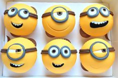 minion party ideas | Party Planner / Minion cup cakes