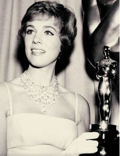 Julie and her Oscar for Mary Poppins 1964