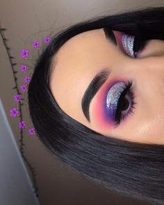 """Eyeshadow Looks History of eye makeup """"Eye care"""", put simply, Makeup Eye Looks, Purple Eye Makeup, Eye Makeup Steps, Colorful Eye Makeup, Pretty Makeup, Eye Makeup Remover, Eyeshadow Makeup, Neutral Eyeshadow, Bronze Eyeshadow"""