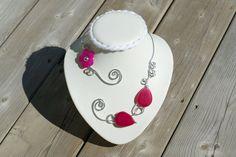 Fuchsia open necklace,  Collier ouvert rose fuchsia, Metal wire necklace, Collier fil d'aluminium