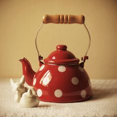 Red & White polka dot tea pot..