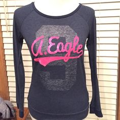 American Eagle long sleeve Shirt Excellent condition!! No holes, rips, stains or tears! Only worn a few times! Very soft, comfortable, and gorgeous shirt! American Eagle Outfitters Tops Tees - Long Sleeve