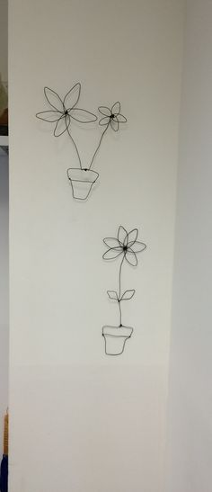 Flowers wire art