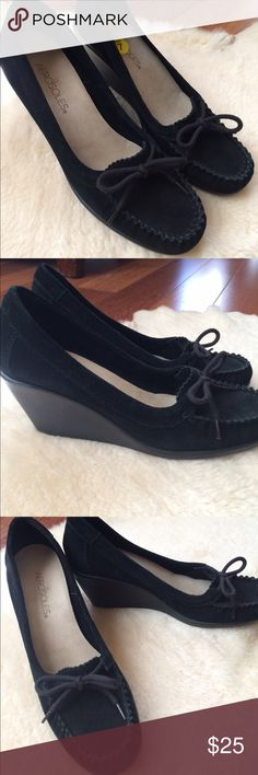 NWOT Aerosoles Black Suede Wedge Loafers Size 7 Brand new, real suede outer and lining, made for comfort. AEROSOLES Shoes Wedges