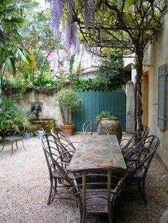 vignette design: Courtyard Love