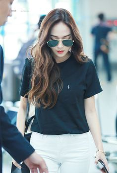 Post with 55 views. Korean Fashion Dress, Korean Fashion Casual, Snsd Fashion, Korea Fashion, Jessica & Krystal, Krystal Jung, Billie Eilish, Jessica Jung Fashion, Airport Style