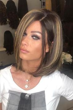 Choppy and Wavy Lob - 60 Inspiring Long Bob Hairstyles and Long Bob Haircuts for 2019 - The Trending Hairstyle Choppy Bob Hairstyles, Short Bob Haircuts, Straight Hairstyles, Braided Hairstyles, Medium Hair Styles, Curly Hair Styles, Short Hair Cuts, Hair Lengths, New Hair