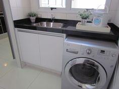 Armário sob medida para lavanderia - Os móveis sob medidas são fabricados na…