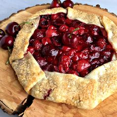 Rustic Cherry Galette is a fancy and very easy cherry pie. I used a mixture of fresh cherries and canned cherry pie filling to make this free form pie. Gallette Recipe, Crostata Recipe, Cherry Pie Bars, Canning Cherry Pie Filling, Canned Cherries, Frozen Cherries, Cherry Clafoutis, Pie Dessert, Recipes