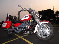 1997 Honda VALKYRIE TOURER GL1500CT/2 VALKYRIE TOURER - Click to see full-size photo viewer