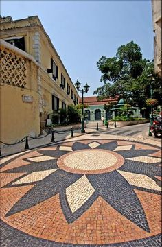 Calçada Portuguesa is renowned through out Europe as some of the best artistic Cobble Stoned side walks and streets.