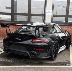 Porsche 911 GT2 RS Porsche Gt3, Black Porsche, Porsche Cars, Fancy Cars, Cool Cars, Muscle Cars, Porche 911, Ferrari, Lamborghini Aventador