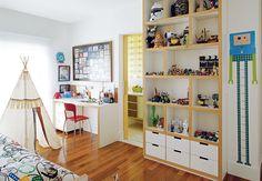 quarto de menino, branco, madeira, mix de cores