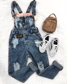 Casual Outfit Ideas for Teens – Casual Outfits for Daytime Source by tween outfits casual Casual Outfits For Teens, Cute Comfy Outfits, Teen Fashion Outfits, Cute Fashion, Look Fashion, Stylish Outfits, Girl Outfits, Jugend Mode Outfits, Outfit Des Tages