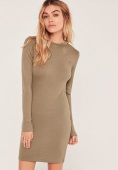 Robe moulante vert kaki côtelée boutons pression Misguided Fashion, Arm Tattoo, Missguided, Liam Payne, Tattoos, High Neck Dress, Bodycon Dress, People, Free