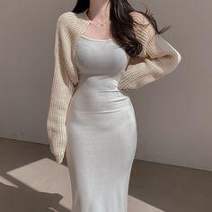 Kpop Fashion Outfits, Girls Fashion Clothes, Edgy Outfits, Korean Outfits, Classy Outfits, Beautiful Outfits, Dress Outfits, Girl Fashion, Unique Prom Dresses