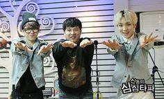 [PIC] 140320 MBC ShimShimtapa Radio Official Photos -#ToHeart Woohyun and Key #11 pic.twitter.com/002xzwlvCt