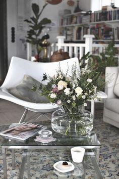 The decor adds so much interest to the room.   Deloufleur Decor & Designs   (618) 985-3355   www.deloufleur.com