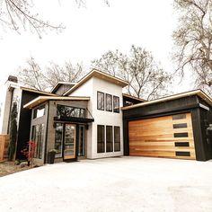 Dream Home Design, My Dream Home, Modern Exterior, Exterior Design, Modern Garage, Style At Home, Br House, Dream House Exterior, River House