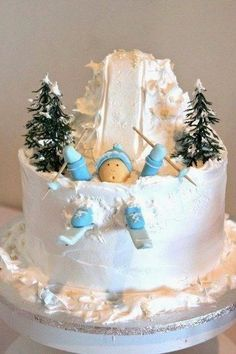 cake decoration ideas, cake, christmas cake decorating ideas Sledding instead of skiing Christmas Cake Designs, Christmas Cake Decorations, Holiday Cakes, Christmas Treats, Christmas Baking, Christmas Cakes, Cookie Cake Decorations, Xmas Cakes, Funny Christmas