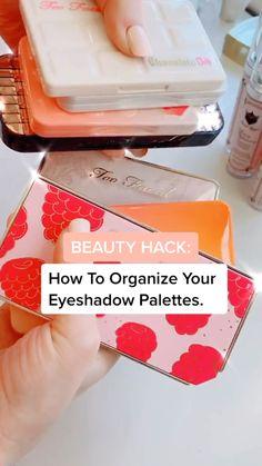 Vanity Organization, Home Organization Hacks, Makeup Storage, Makeup Shop, Diy Makeup, Tiny Bath, All Natural Skin Care, Novelty Mugs, Etsy Business