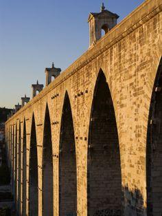 Aqueduto Das Aguas Livres em Campolide, Alcântara. Lisboa
