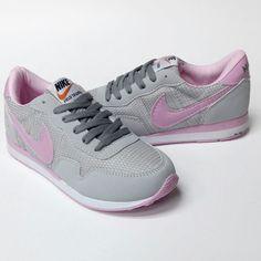 Nike Field Trainer Bayan Gri Pembe