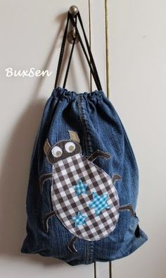 Sports bag made from old pair of jeans /