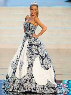bbf1ccfdd68d 9 najlepších obrázkov z nástenky dress by Jana Gavalcova
