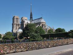 Paris : pont de l'Archevêché...