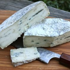 Cheese Archives - A Canadian Foodie Queso Cheese, Meat And Cheese, Wine Cheese, Milk Recipes, Cheese Recipes, Snack Recipes, Snacks, Homemade Buttermilk, Homemade Cheese