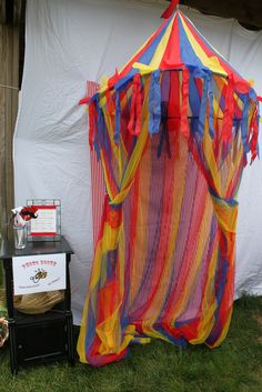 Carnival Themed Party photobooth