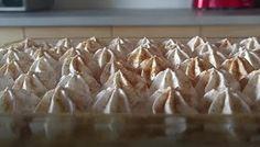 ΜΑΓΕΙΡΙΚΗ ΚΑΙ ΣΥΝΤΑΓΕΣ: Το πιο εύκολο,δροσερό και πεντανόστιμο Γλυκό Ψυγείου!!! Sweets Cake, Pie, Desserts, Cakes, Blog, Torte, Tailgate Desserts, Cake, Deserts