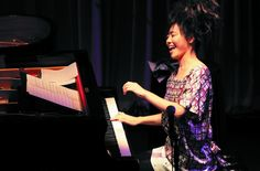 Uehara Hiromi. This photo was taken when she dueted with Chick Corea.