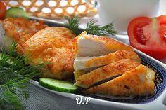 Куриное филе в сырном кляре  Автор: Ольга Романова  Для приготовления понадобится:  куриное филе -300 гр  сыр твёрдый - 80 гр  яйцо - 1 шт (крупное)  мука - 2 стол ложки  майонез - 4-5 стол ложек  соль и перец - по вкусу  растительное масло - для жарки  Куриное филе,вымыть и обсушить бумажным полотенцем, нарезать на средние кусочки,слегка отбить с двух сторон,через пищевую плёнку  Приготовим кляр:  Сыр натереть на мелкой тёрке и перемешать вместе с яйцом,майонезом,мукой,солью и перцем до…