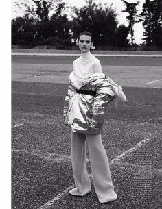 Lena Hardt by Nagi Sakai (Vogue Ukraine)
