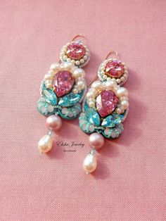 Chandelier Earrings with Swarovski crystals от ElishaBoutique