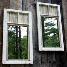 Brambleberry Cottage a creado estos espejos para  jardín  DIY  de ventanas viejas. ¡Qué gran manera de hacer que su patio trasero luzca mágico! Los espejos duplican toda la vista .