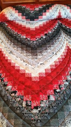 Check out this item in my Etsy shop https://www.etsy.com/listing/266844855/lancaster-county-amish-hand-quilted-new