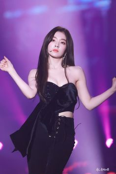 "10 schöne Bilder von Irene de Red Velvet im ""Gayo Daejeon von L . - Super K-Pop Daejeon, Red Velvet アイリーン, Irene Red Velvet, Kpop Girl Groups, Korean Girl Groups, Kpop Girls, Seulgi, Red Valvet, Stage Outfits"