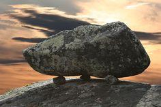 #HeyUnik  Batu-batu Ajaib di Tempat Ini Jadi Fenomena Alam yang Tak Terpecahkan #Alam #Misteri #Travel #YangUnikEmangAsyik
