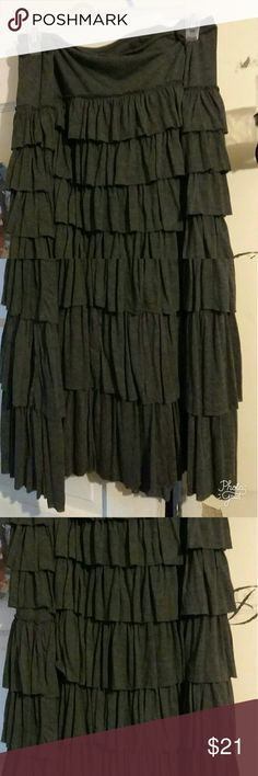 Gray layered skirt This skirt is just a casual wearer to die for looks good with white jacket or blue jean Skirts Maxi