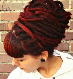 Such a beautiful dread bun! Love the color! I could rock dreads. Dreadlock Styles, Dreads Styles, Curly Hair Styles, Natural Hair Styles, Short Hair Dont Care, Dread Braids, Dread Bun, Beautiful Dreadlocks, Hair Braider