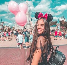 Disneyland World, Disneyland Photos, Disneyland Outfits, Disney World Trip, Disney Outfits, Disney Vacations, Disneyland Outfit Summer, Disney World Pictures, Cute Disney Pictures