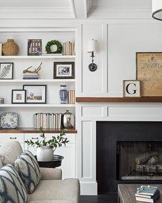 Fireplace Bookshelves, Fireplace Built Ins, Home Fireplace, Living Room With Fireplace, Fireplace Surrounds, Fireplace Design, Fireplace Ideas, Mantel Ideas, Classic Fireplace