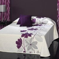 This Pin was discovered by ΝΙΚ Draps Design, Bed Sheet Painting Design, Sheet Curtains, Bed Cover Design, Designer Bed Sheets, Cushion Embroidery, Floral Bedspread, Fabric Paint Designs, Diy Pillows