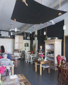 #viaemilia #ristorante #italiano #miami #beach #miamibeach #cucina #romagnola  #restaurant #interior #sunshine #lighting #lightdesign #pasta #spacedesign #photoboard #chef #cheflife #barista #baristadaily #uniform #workingwear #apron #snapshoot