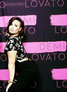 Demi Lovato | Meet and greet September 17.